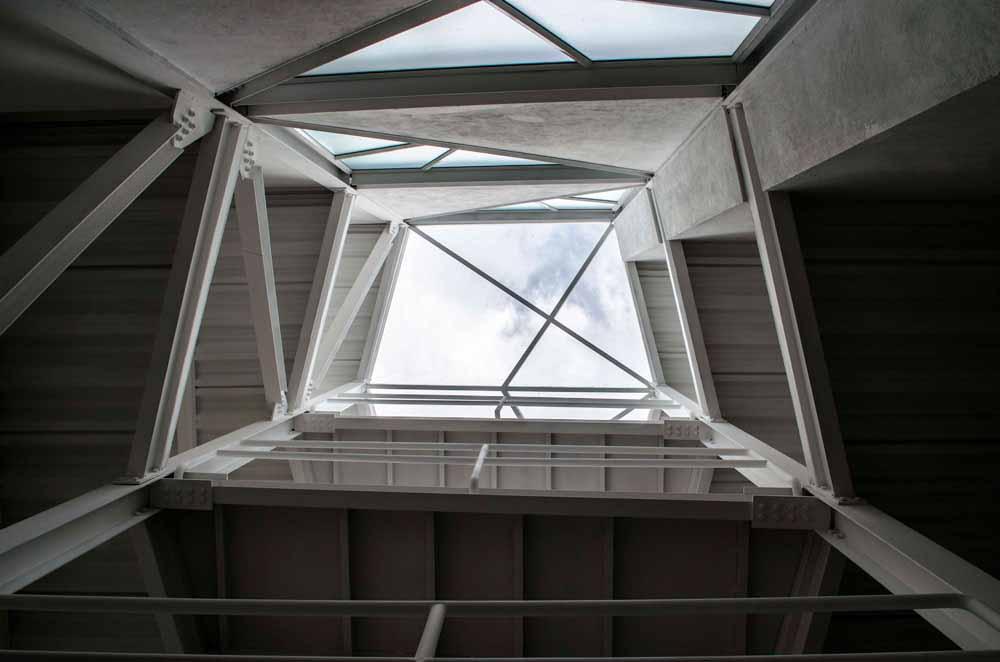 Edificio Espacio en Blanco 2014